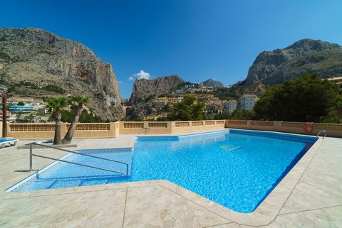 Beautiful apartment for 4 people, located in a great residential in the quiet and coastal urbanisation of Pueblo Mascarat, in Altea. It features fantastic views to the sea and offers up to 3 shared pools surrounded by the amazing mountain views. The ...