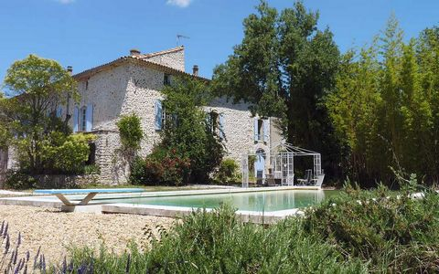 At the entrance of the village of Ribaute les Tavernes, in a quiet but not isolated area, large property offering more than 720 m² including 420 m² of living space, a tree-planted land, a pool a courtyard and attics suitable for conversion (158 m²). ...