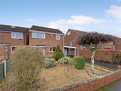 Magnificent 3 Bedroom House in Idyllic Location, Leeds, West Yorkshire, England *** Sterling Price = £340,000*** Euroresales Property ID – 9826164 PROPERTY LOCATION Whinmoor Crescent Leeds, West Yorkshire, England LS14 1EW PROPERTY OVERVIEW When a ci...