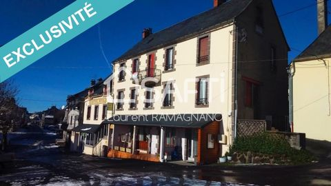 Ideally located at the foot of the hiking trails and the slopes of the Sancy (Picherande, Super Besse and Chastreix-Sancy), this hotel is the ideal place to relax in the heart of the Massif Auvergnat. On the ground floor, it has a dining room of abou...