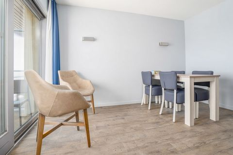 The bustling Blankenberge is situated on the east coast of Belgium, amidst seaside resorts like Knokke, Ostend, de Haan and Westende. The pearl of the Belgian coast, with a wide range of activities. The residence is centrally located on the seafront ...