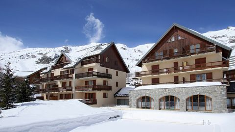 Charming village in Savoie, located at the foot of the mountain pass of Croix de Fer and the