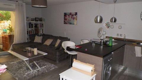 Appartement 3 piéces dans résidence neuve composé de Salon de 17,55 Cuisine ouverte et équipée 1 chambre de 11 m2 1 chambre de 9 m2 une terrasse d