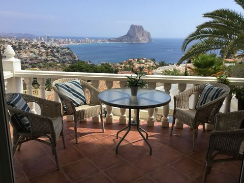 Villa located in one of the best area of Maryvilla with stunning views of the sea and rock. The villa has been totally renovated to a modern and cozy style. It benefits from 2 independent apartments. Very well-kept garden on different levels, several...