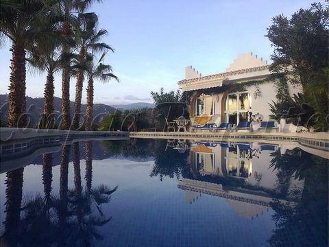 Property in Spain. 3 bedrooms. 1 bathoom. Terrace.