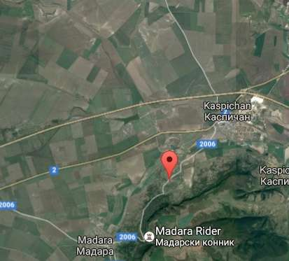 Regulated Land in Kalugeritsa, Kaspichan On offer is a regulated plot of land located in the village of Kalugeritsa, in the municipality of Kaspichan, district of Shumen. This is an excellent opportunity to buy a plot of land in Bulgaria. The plot ha...