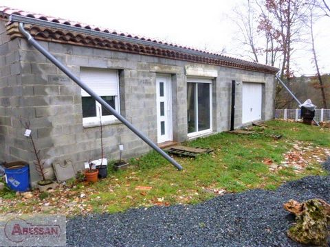 TARN (81) For sale in Graulhet on the outskirts, a new house, on one level, to be finished, of 70 m2 living space + 80 m2 garage on a partly flat plot of 1600 m2. Access to the interior has a large living room with kitchen open to a living room / din...