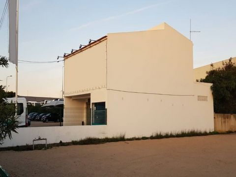 Commercial building with licence for rent-a-car. Situated in on of the most circulated roads of Algarve Only few km from the airport this building with a big parking can be the perfect location for your business or an investment opportunity Energy Ra...
