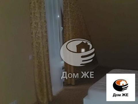 Лот №M5088935. Мишуткино, Киевское шоссе, 35 км от МКАД. Двухэтажный кирпичный коттедж, внешняя отделка блокхаус. Построен в 2011г. Дом полностью меблирован, оснащен всей бытовой техникой, встроенная кухня с посудомоечной машиной. Подключены централь...