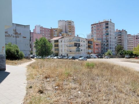 Plots of land in a consolidated area of Barreiro for the construction of 2 buildings (Lot 6 and Lot 7), respectively of 12 and 21 apartments. The property is integrated in the UOPG 24 and UOPG 25 referring to the urbanistic study of Quinta da Amoreir...