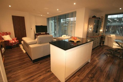Stunning Modern One Bedroom Apartment, Basingstoke, Hampshire, England *** Sterling Price = £200,000*** Euroresales Property ID – 9826162 PROPERTY LOCATION 101, Churchill Place, Basingstoke, Hampshire, RG21 7AA PROPERTY OVERVIEW Thanks mainly to a wi...