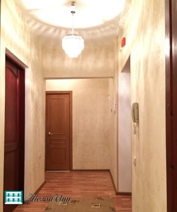 Предлагается в аренду уютная светлая 2-х комнатная квартира. Станция метро Сухаревская - 5 мин. пешком. Чистый отремонтированный подъезд с домофоном. Окна-стеклопакеты, двойная входная дверь (металлическая и деревянная массив), новая сантехника, новы...