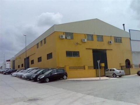 Superb Warehouse with 4 Bedroom Apartment in Jodar Spain Euroresales Property ID – 9824932 Property information: This property is a superb industrial building which is completely finished, it is located in the Jódar industrial estate, Jaén. The indus...