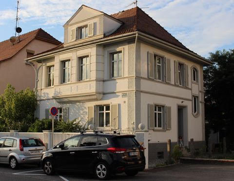 Beautifully spacious period house in the heart of the three countries region in the historic but forward-looking town of Huningue, right on the banks of the Rhine. The house was built in 1928 and has been carefully renovated keeping all period detail...
