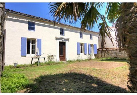 Property Features Bedrooms : 3 Bathrooms : 1 Reception Rooms : 2 Plot (m2) : 640 Habitable area (m2) : 150 Outbuildings : Yes State of Repair : Habitable Drainage : fosse septique Heating system : oil-fired cental heating Taxe foncière (EUR) : 589 Ne...