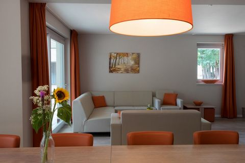 Stay overnight in a new holiday home in a beautiful wooded area. Walking in nature, relaxing by the outdoor swimming pool, cozy cooking and dining with friends and / or family ... Or discover some bustling cities in the area: Genk, Hasselt and Maastr...
