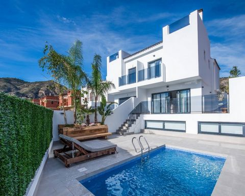 Semi-detached houses in Orxeta, Alicante. They have a plot and private pool, 3 bedrooms, 2 bathrooms, 1 toilet, separate kitchen, living room, solarium, large mezzanine living room and garage for 2 cars with storage room included. Chalets surrounded ...